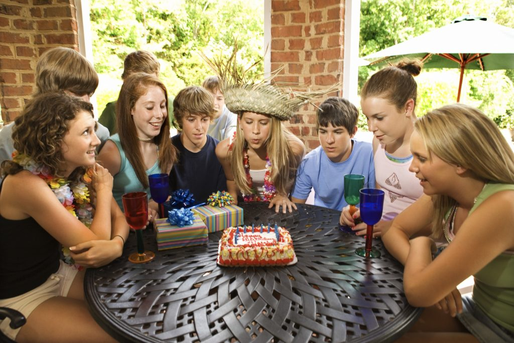 17 Year Old Birthday Party Themes Or Ideas with Pictures