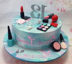 Official Teenager Cake Makeup By ChappCakes Decor 13